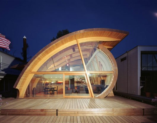 The-unique-modern-wooden-houses-with-a-curved-wooden